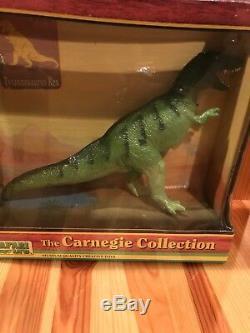 1987 Vintage Safari LTD The Carnegie Collection Tyrannosaurus T-Rex Box Dinosaur