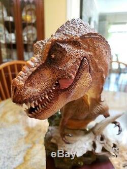 DAMTOYS Museum Collection Series Tyrannosaurus Statue T-Rex Dinosaur Bust