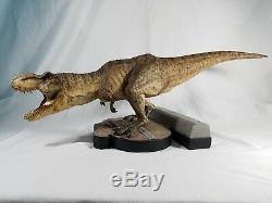 Jurassic Park Breakout T-rex Statue Jurassic World Dinosaur Tyrannosaurus Rex