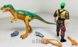 Jurassic Park Dinosaurs 1999 Walmart Exclusive Young T-Rex & Dinosaur Adventurer