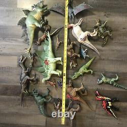 Jurassic Park World Lot 18 Figures Assorted Some Vtg T Rex Raptor Dinosaur As Is