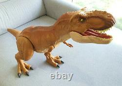 Jurassic World Super Colossal Tyrannosaurus T-Rex Dinosaur Dino Rivals