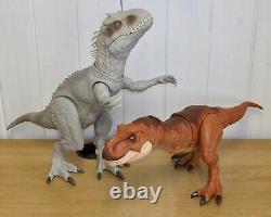 Jurassic World Thrash n' Throw T Rex & Destroy n' Devour Indominus Rex