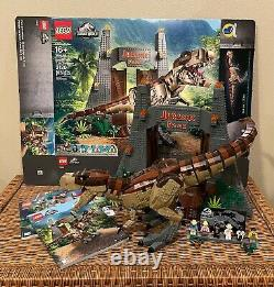 LEGO 75936 Jurassic Park T. Rex Rampage COMPLETE