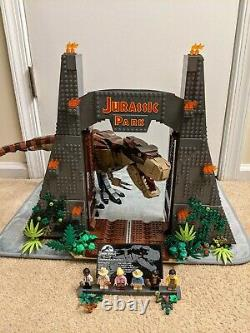LEGO Jurassic Park T. Rex Rampage (Pre-owned 100% complete)