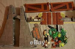 LEGO Jurassic World Jurassic Park T. Rex Rampage Set (75936) USED