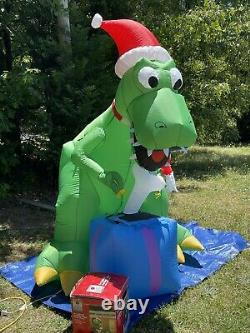 Rare Gemmy 9 T-Rex With Bone Dinosaur Christmas Lighted Airblown Inflatable