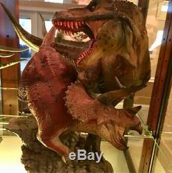 Sideshow Dinosaur Dinosauria T-rex VS Triceratops Diorama US Seller Free Ship