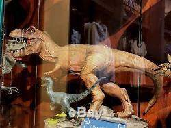 Universal Studios Exclusive Jurassic World T-Rex and Blue Statue Figure New